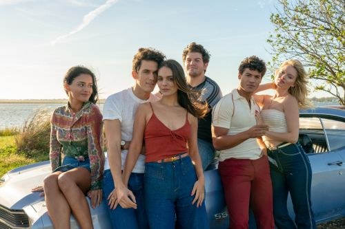 Stream It Or Skip It: 'Bridge And Tunnel' On Epix, Edward Burns' Dramedy About 6 College Grads Clinging To 1980 Long Island