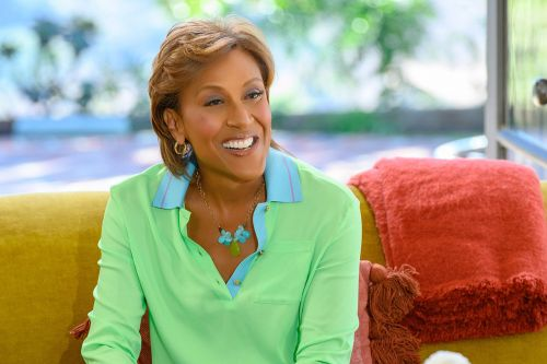 Stream It Or Skip It: 'Turning the Tables with Robin Roberts' On Disney+, A Wholesome Talk Show Featuring Groundbreaking Women
