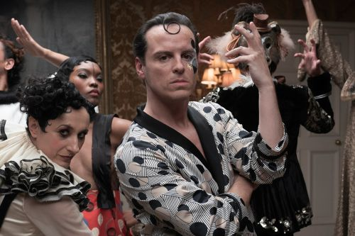 'Fleabag's Hot Priest Andrew Scott Will Seduce You Again in 'The Pursuit of Love'