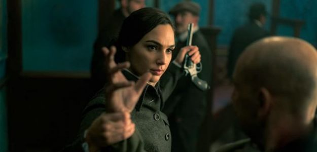 """Gal Gadot to Star in Spy Thriller 'Heart of Stone,' a """"Female Spin"""" on 007"""
