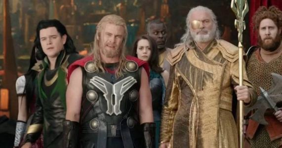 New Thor 4 Set Photos Confirm the Return of Matt Damon & Luke Hemsworth