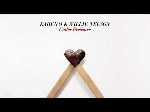 """Karen O & Willie Nelson Release a New Cover Bowie & Queen's """"Under Pressure"""""""