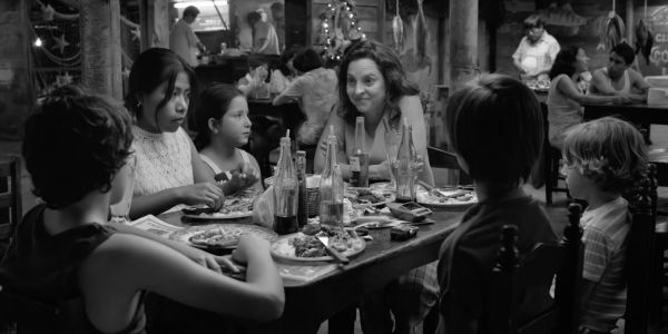 Netflix's First Criterion Collection Film is Roma | Screen Rant