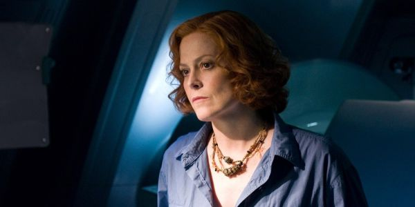 Avatar 2's Sigourney Weaver Reveals What She Loves About Working With James Cameron