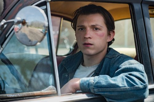 Tom Holland Stans Are Right: He's Really, Really Good in 'The Devil All The Time'