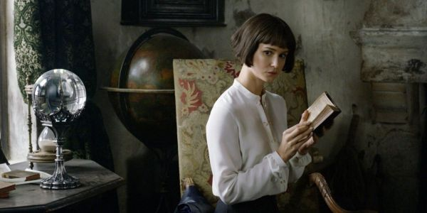Fantastic Beast 3's Katherine Waterston Talks Hanging Out With Newcomer Mads Mikkelsen. But Apparently Not On Set