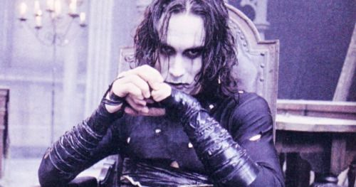 Brandon Lee's Family Remembers The Crow Star on the