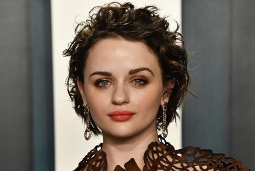 Joey King in Talks for Brad Pitt-Starring Bullet Train