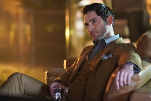 Tom Ellis Closes Deal to Return as Lucifer for a Potential Season 6