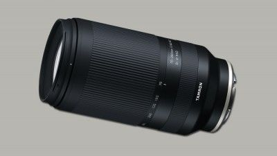 Tamron's 70-300mm Telephoto Lens is Compact and Full-Frame