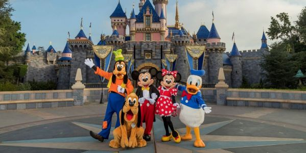 Looks Like Disneyland Has Taken First Steps To Returning To Normal As Mask Policy Changes For The First Time
