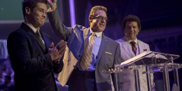 The Righteous Gemstones Series Premiere Review   Screen Rant