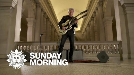 """Don Felder Plays """"Hotel California"""" at the The Metropolitan Museum of Art, with a Double-Neck Guitar"""