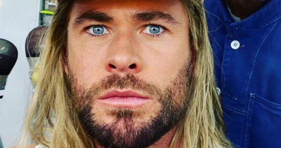 Chris Hemsworth Brings Plenty of Love and Thunder in Budget Squeezing Thor 4 Set Photo