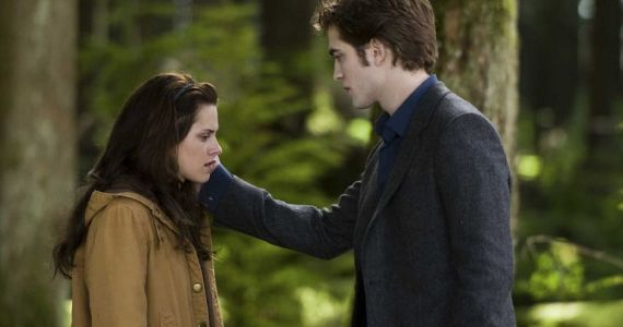 Twilight: The 10 Worst Things Edward Has Ever Done | ScreenRant