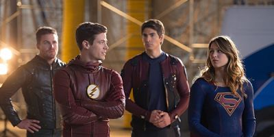 How The Big DC Crossover Is Making The Flash And Arrow More Like The Comics